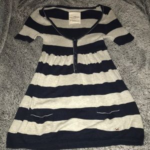 Hollister tunic top navy Grey pockets button down